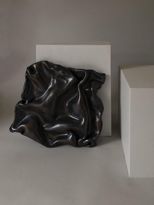 Sofia Tufvasson- Dark Drape 01