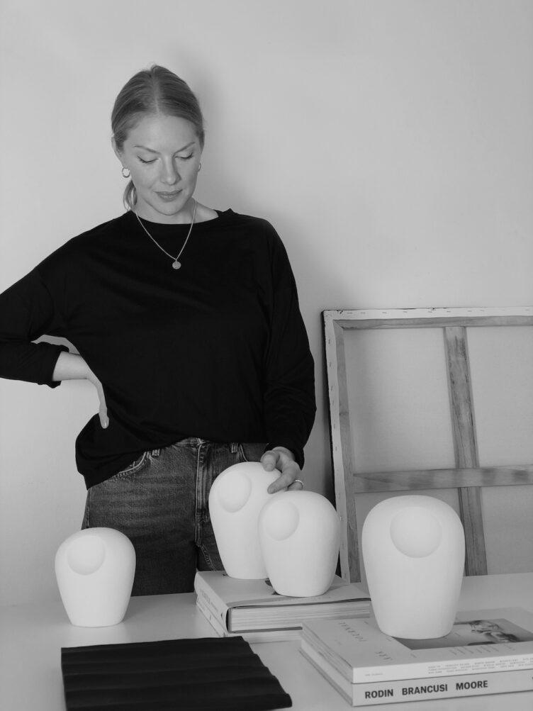 Atelier Armand - Artist